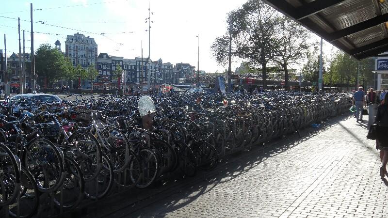Amsterdam: Oh weh, wo ist mein Fahrrad?