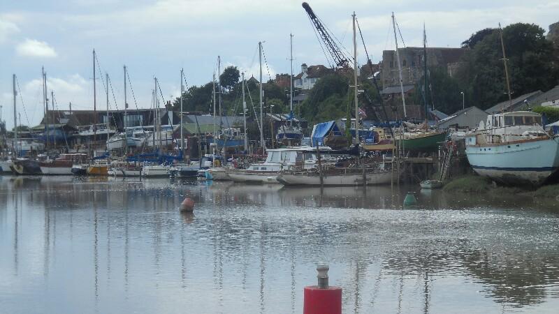 Der Fluss der traurigeb Boote