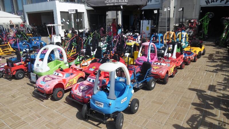 Für die Kleinen: Belgische Kinderbelustigungsfahrzeuge