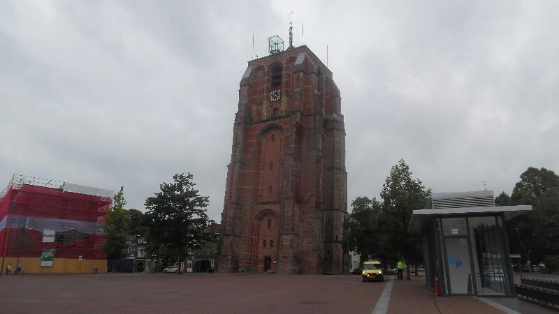 Der schiefe Turm von Leeuwarden: Oldehove