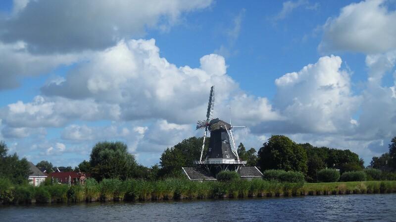 Ein sehr Niederländisches Motiv am Eemskanaal